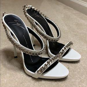 Giuseppe Zanotti white heels/dustbag included